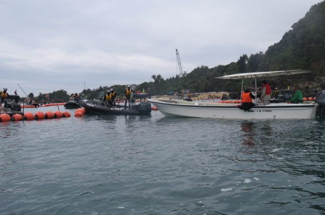 沖縄辺野古船上からの写真05