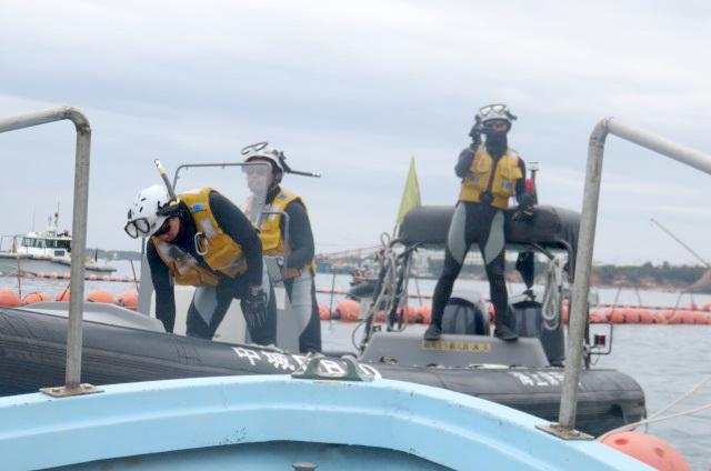 沖縄辺野古船上からの写真07