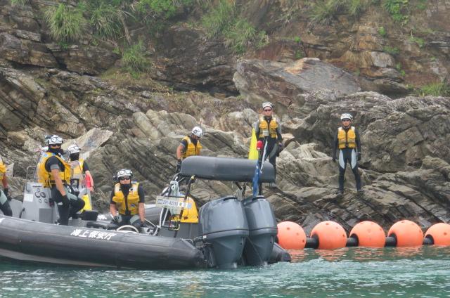 沖縄辺野古船上からの写真11
