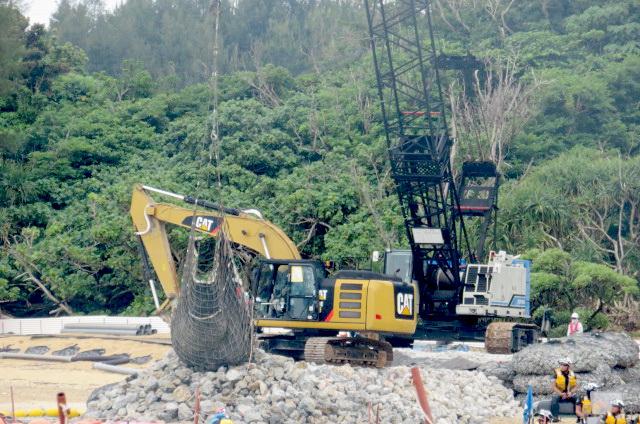 沖縄辺野古船上からの写真13